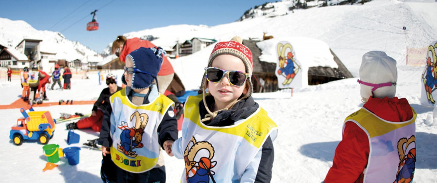 Kinder Skischule /Kindergarten in Zürs am Arlberg
